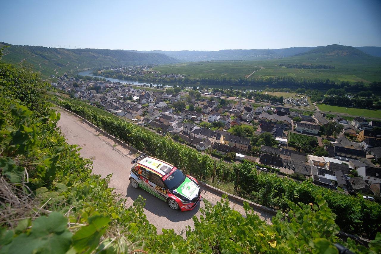 Rallye-Festival an der Mosel: Griebel im Skoda R5 Evo in der WRC 2 vorn mit dabei