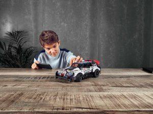 LEGO: Phantasie-Auto mit britischer Unterstützung