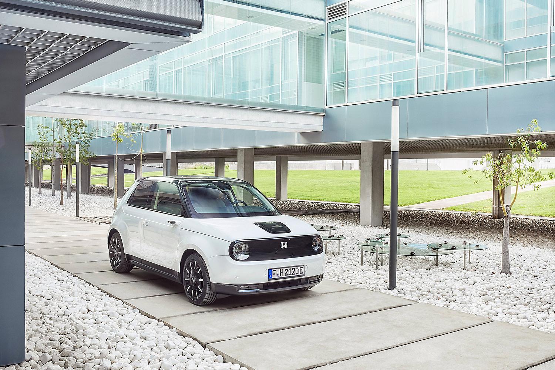 Honda e: Erstes Elektroauto der Marke ab 23.517 Euro