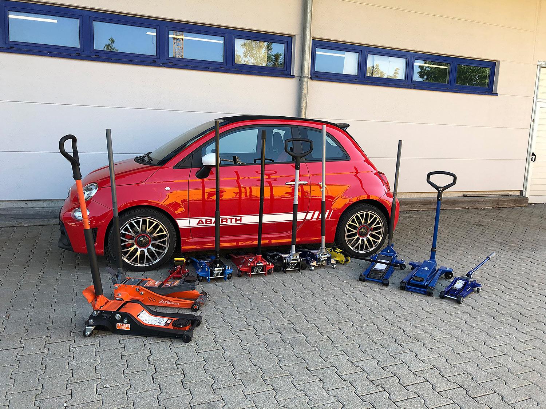 KÜS-Test: Rangierwagenheber – Hoch das Auto