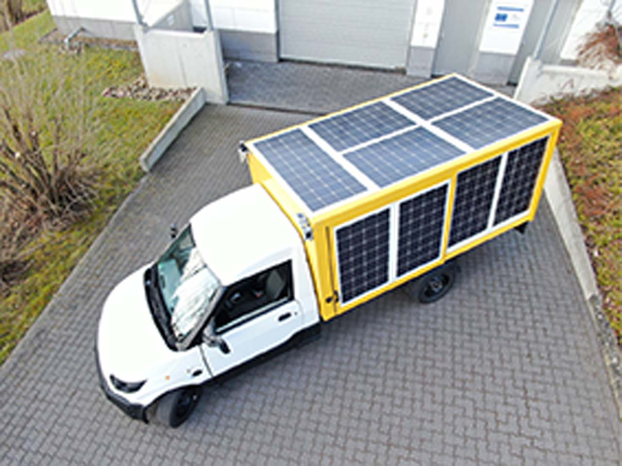 Elektro-Laster mit Solaranlage: Sonniger Typ