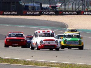 """Historischer Motorsport: Vorhang auf für den """"Kampf der Zwerge"""""""