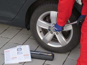 Nach dem Reifenwechsel: Räder prüfen und richtig einlagern